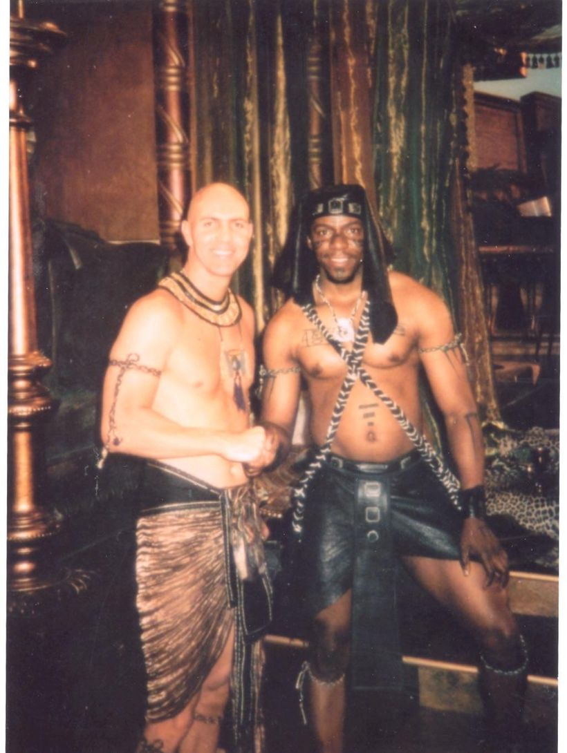 Prince Thompson Iyamu poses for a photo with actor Arnold Vosloo during the shooting of The Mummy.