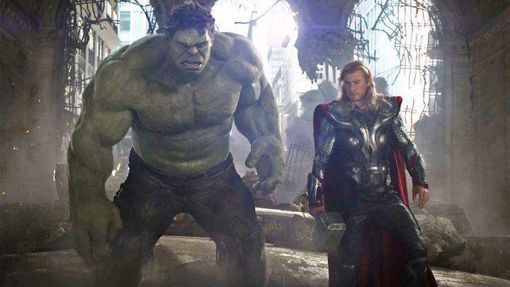 marvel confirms those thor vs hulk rumors are true huffpost