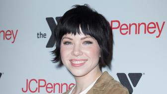JCPENNEY MANHATTAN, NEW YORK, UNITED STATES - 2016/11/30: Carly Rae Jepson teams up with JCPenney and the Y to spread joy to local communities this holiday season at JCPenney Manhattan. (Photo by Lev Radin/Pacific Press/LightRocket via Getty Images)