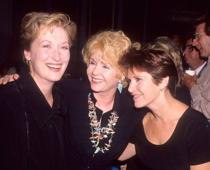 "Meryl Streep, Debbie Reynolds and Carrie Fisher at the ""Postcards from the Edge"" premiere in 1990.<span></span><s"