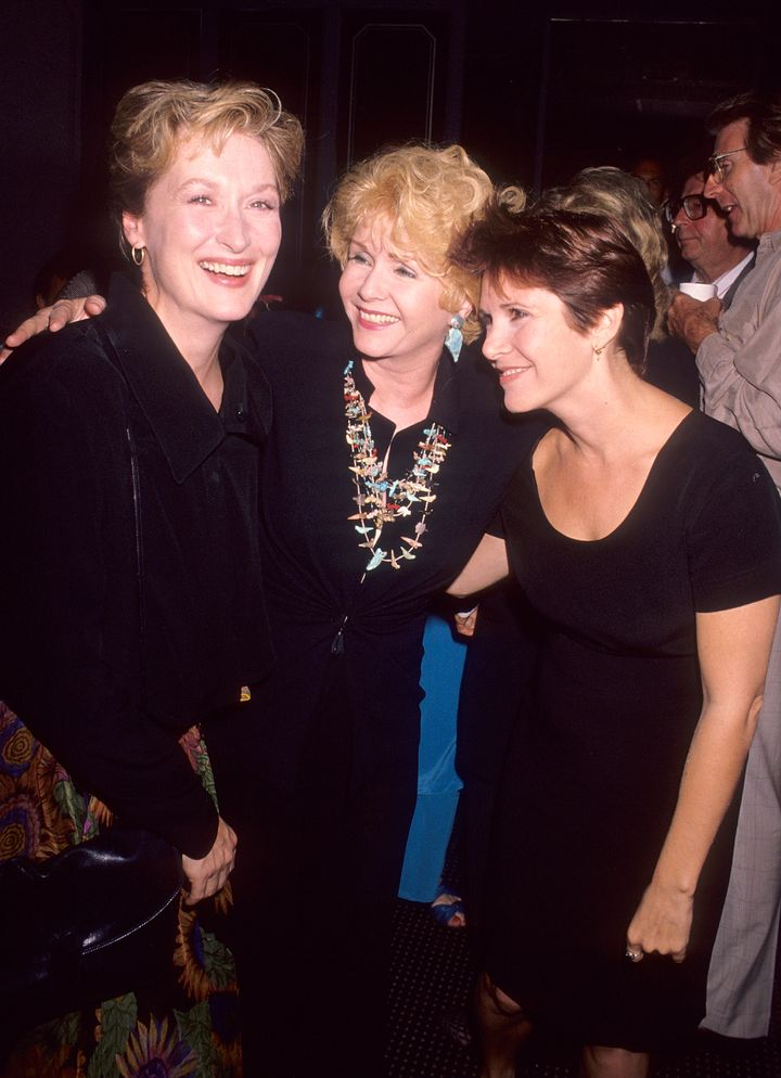 """Meryl Streep, Debbie Reynolds and Carrie Fisher at the """"Postcards from the Edge"""" premiere in 1990."""