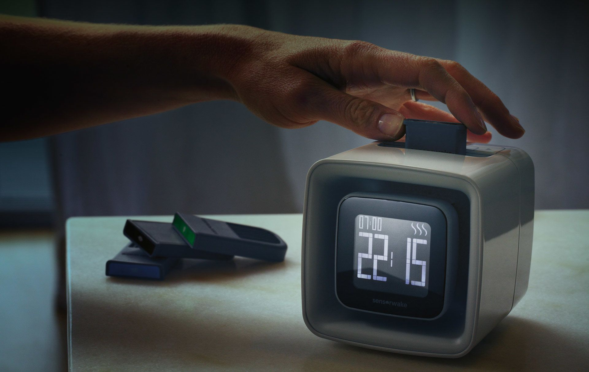 The SensorWakealarm clock wakes you with the scent of your choice― butter croissants, espresso or seaside (&ldquo