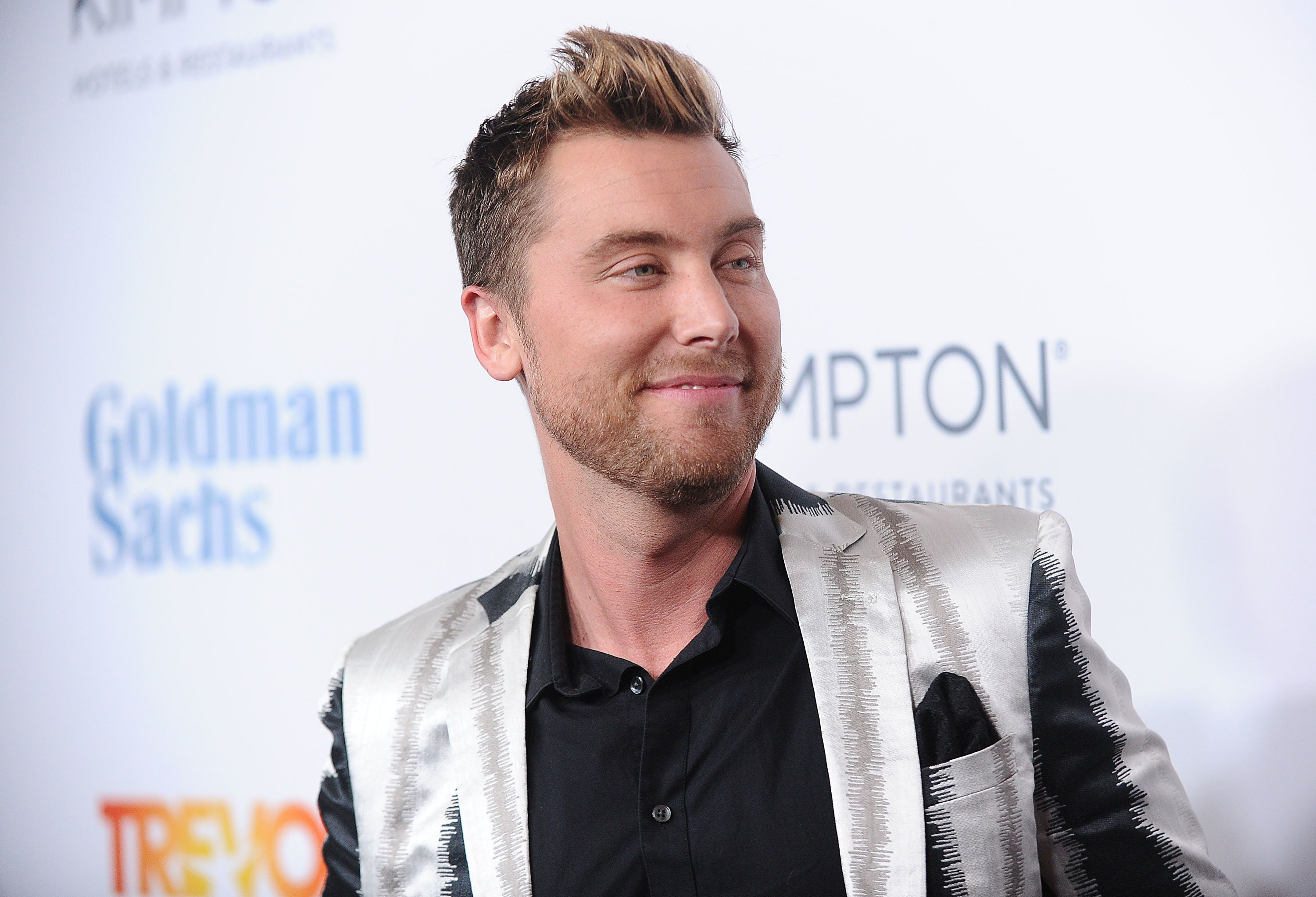 BEVERLY HILLS, CA - DECEMBER 04: Singer Lance Bass attends the TrevorLIVE Los Angeles 2016 fundraiser at The Beverly Hilton Hotel on December 4, 2016 in Beverly Hills, California.  (Photo by Jason LaVeris/FilmMagic)