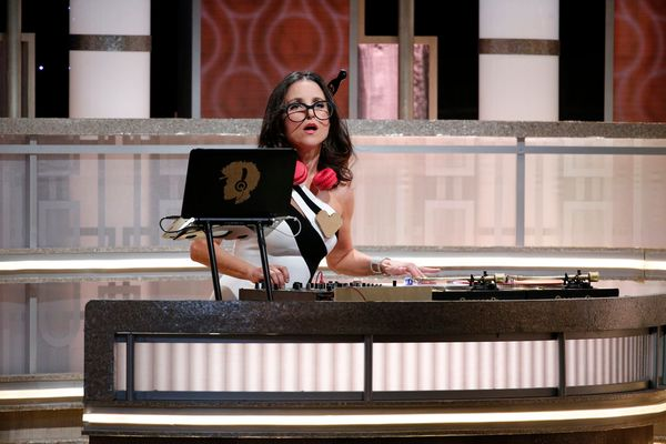 Julia Louis-Dreyfus takes over the DJ booth from Questlove.