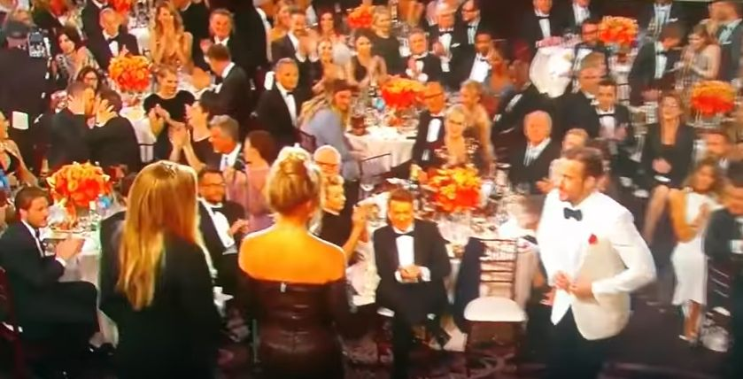 Ryan Reynolds And Andrew Garfield's Golden Globes' Kiss Is A Beautiful, Beautiful