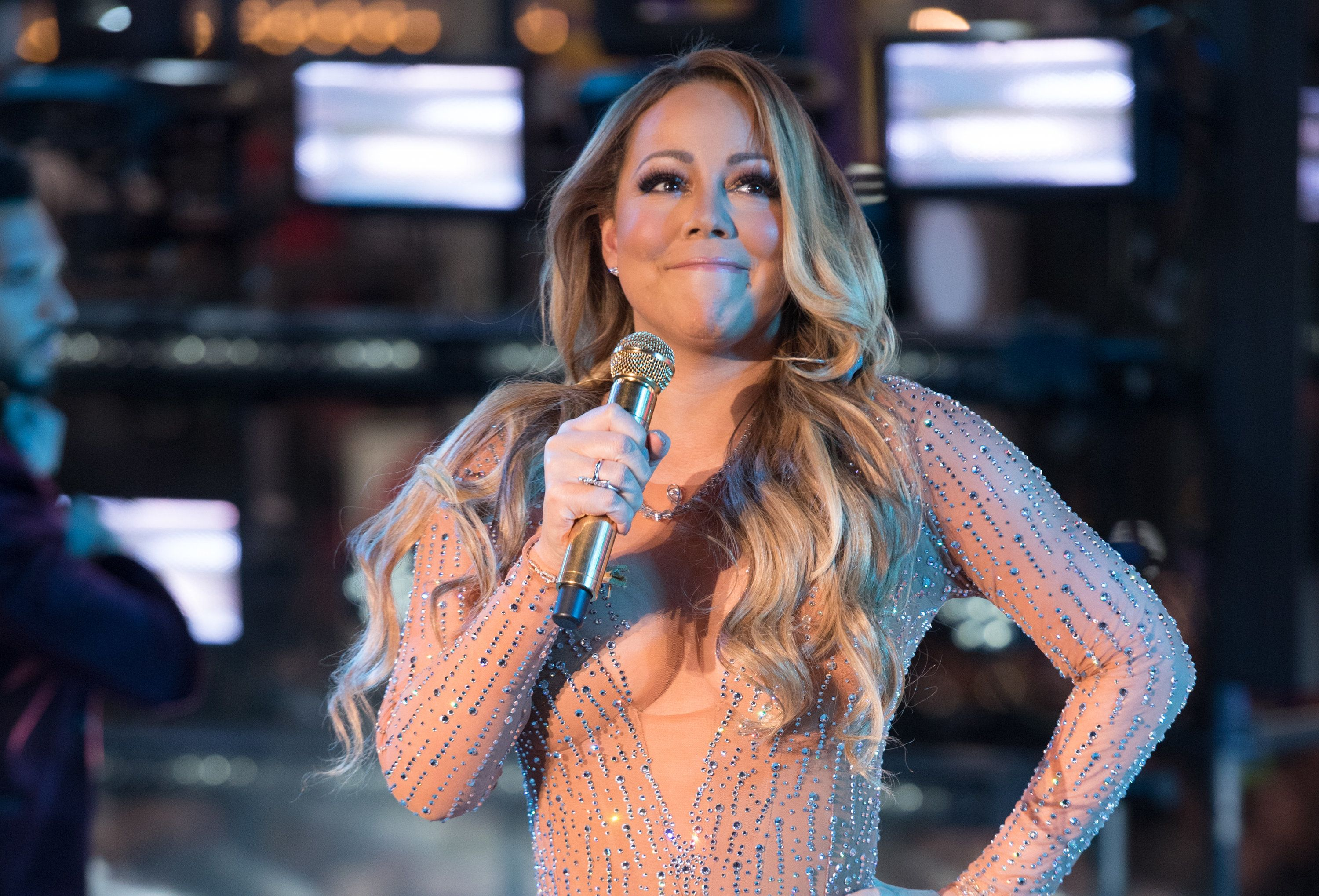 Mariah Carey's New Year's Eve performance was blighted by