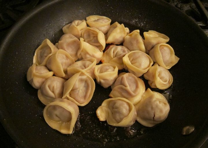 <p>The same approach used for plump tortelli</p>