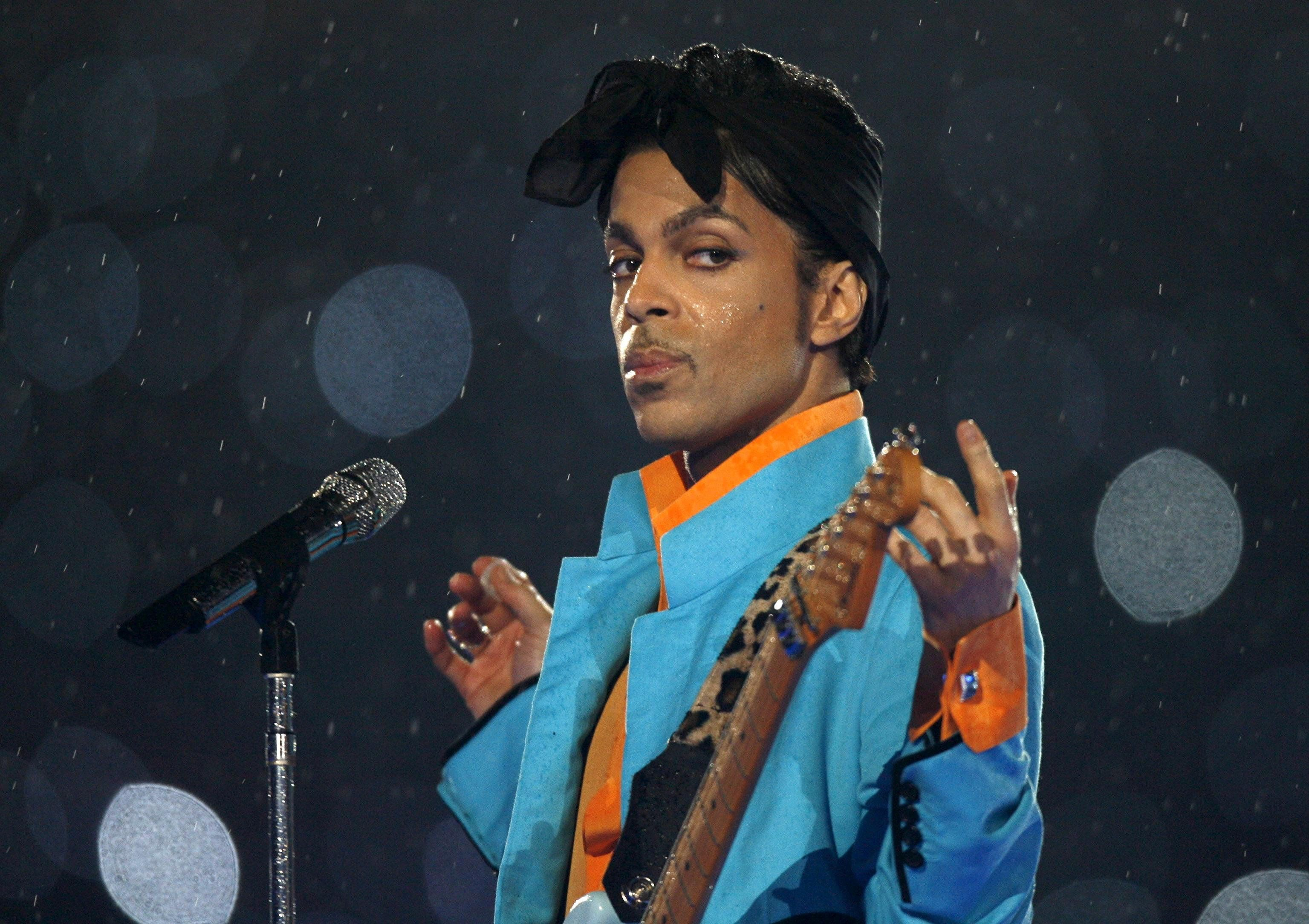 Apparently Prince Left Behind Nearly A Million Dollars In Gold