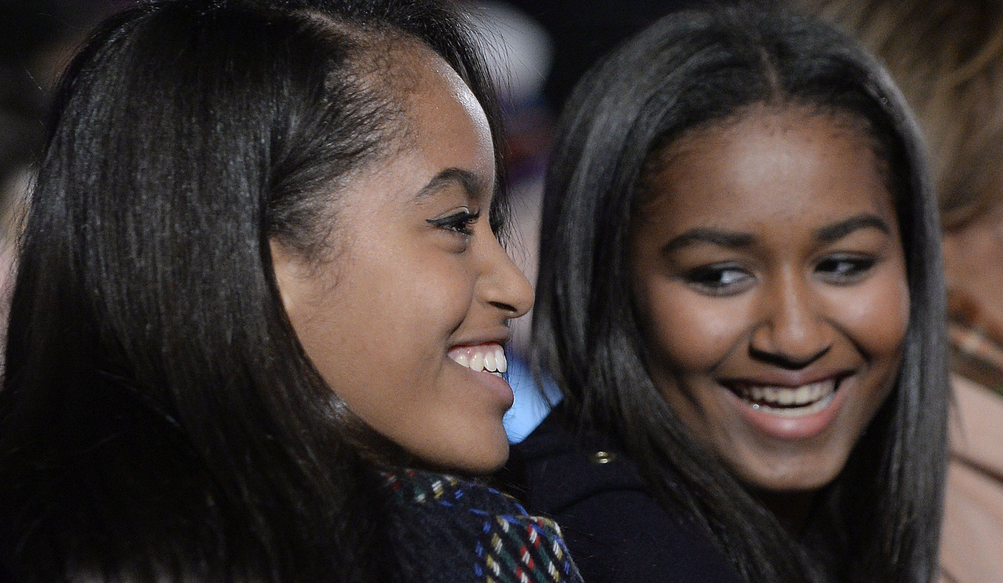 Malia and Sasha Obama.