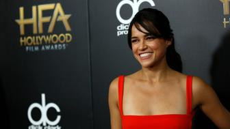 Actress Michelle Rodriguez arrives at the Hollywood Film Awards in Beverly Hills, California November 1, 2015.  REUTERS/Mario Anzuoni