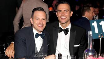 HOLLYWOOD, CA - OCTOBER 27:  Actors Jason Landau (L) and Cheyenne Jackson attend amfAR's Inspiration Gala at Milk Studios on October 27, 2016 in Hollywood, California.  (Photo by Kevin Tachman/Getty Images for amfAR)