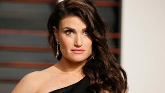 Singer Idina Menzel arrives  at the 2015 Vanity Fair Oscar Party in Beverly Hills, California February 22, 2015.  REUTERS/Danny Moloshok (UNITED STATES  - Tags: ENTERTAINMENT)  (VANITYFAIR-ARRIVALS)