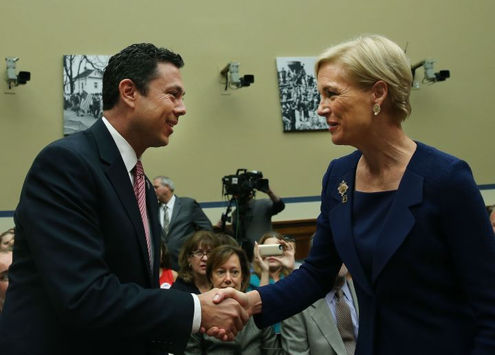 Rep. Jason Chaffetz and Planned Parenthood president Cecile Richards shake hands during Richards' September 2015 testimony.&n