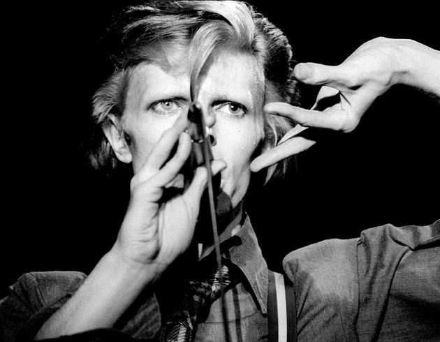 David Bowie Kept Playing A Show Even After A Lollipop Became Stuck In His