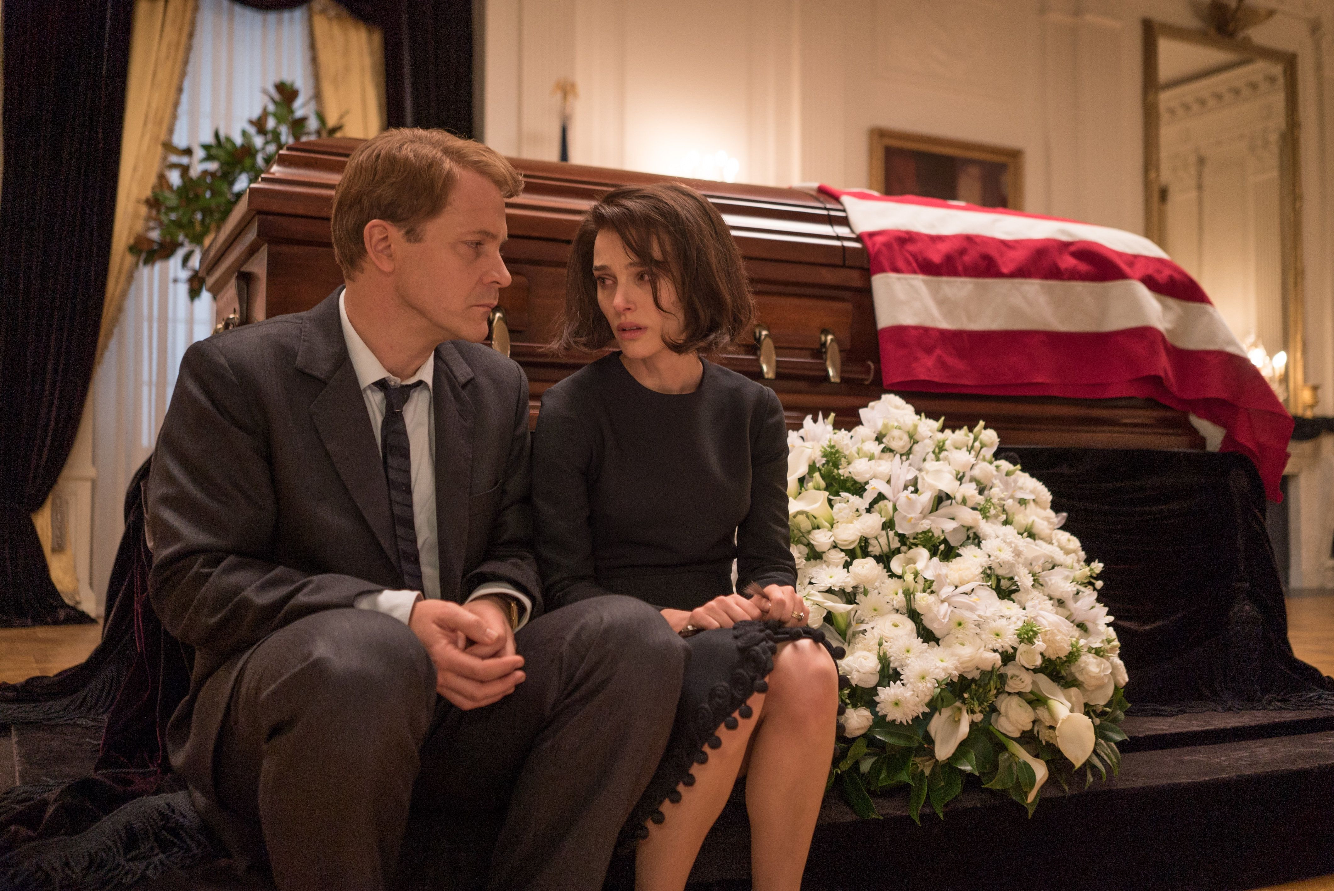 """Peter Sarsgaard as """"Bobby Kennedy"""" and Natalie Portman as """"Jackie Kennedy"""" in JACKIE. Photo by Bruno Calvo. © 2016 Twentieth Century Fox Film Corporation All Rights Reserved"""