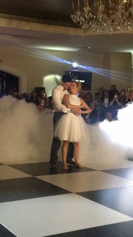Couple Performs Iconic 'Dirty Dancing' Scene At