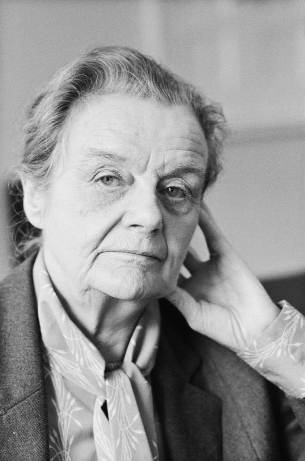 クレア・ホリングワースさん死去、第2次大戦勃発をスクープ テレグラフ紙が追悼の再掲載
