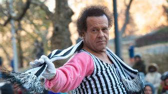 NEW YORK, NY - NOVEMBER 28: Richard Simmons attends the 87th annual Macy's Thanksgiving Day parade on November 28, 2013 in New York City.  (Photo by Scott Roth/FilmMagic)