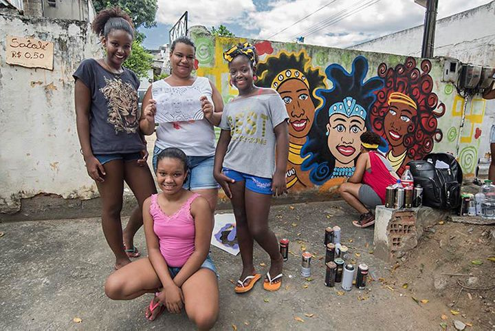 AMO Crew from Brazil. Carla Felizardo – NEGRA, Lu Brasil, Mariana  Maia – Ato and Taina Xavier- Baker painted the portraits o