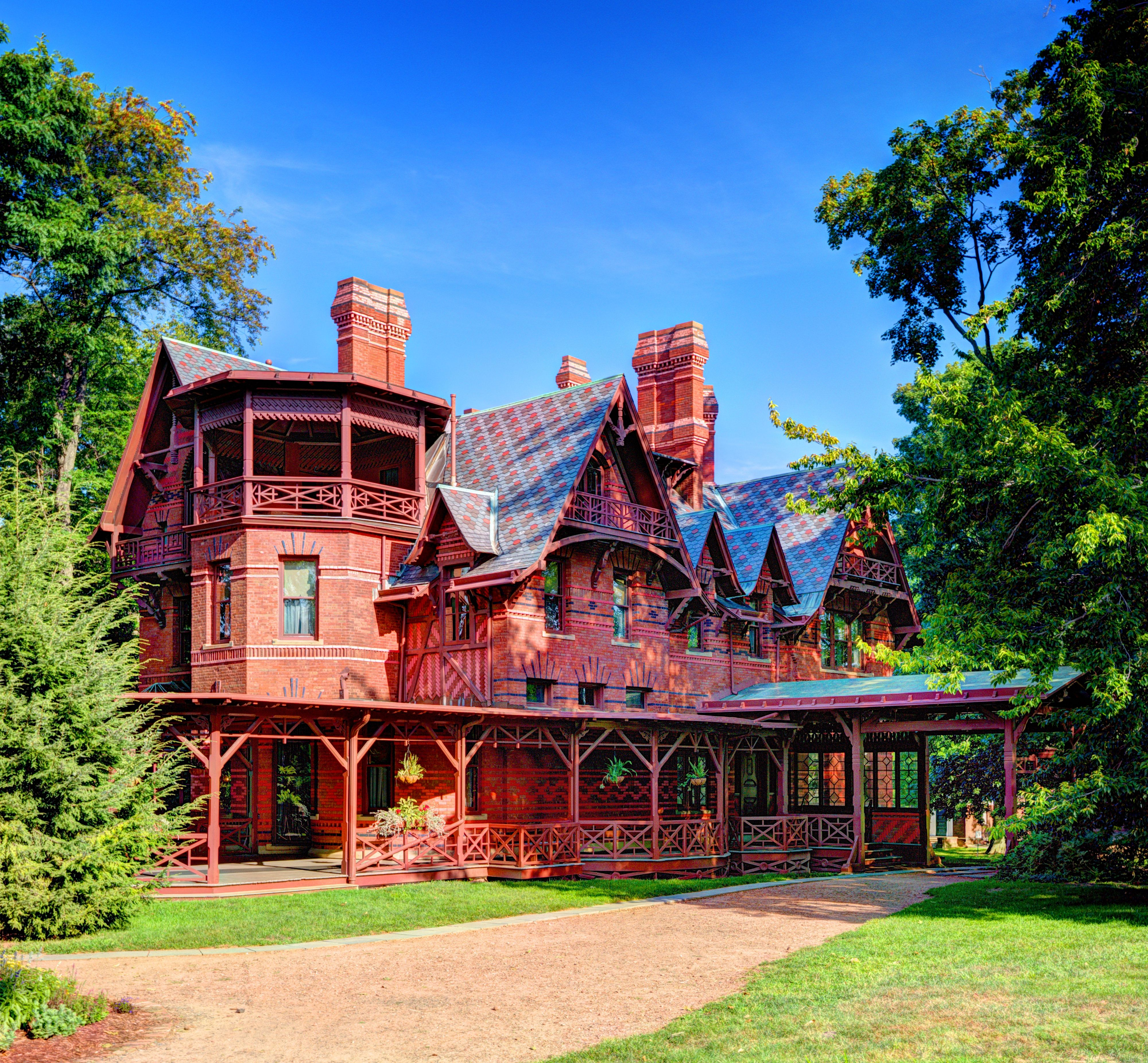 Mark Twain's idyllic home in Hartford, Connecticut.