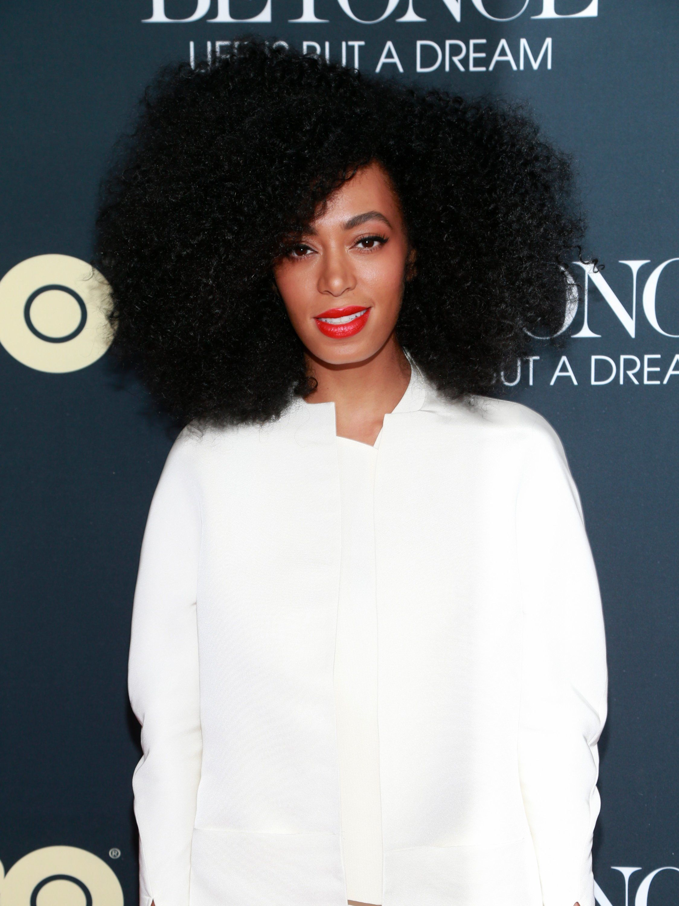 NEW YORK, NY - FEBRUARY 12:  Singer/songwriter Solange Knowles arrives at 'Beyonce: Life Is But A Dream' New York Premiere at Ziegfeld Theater on February 12, 2013 in New York City.  (Photo by Charles Eshelman/FilmMagic)