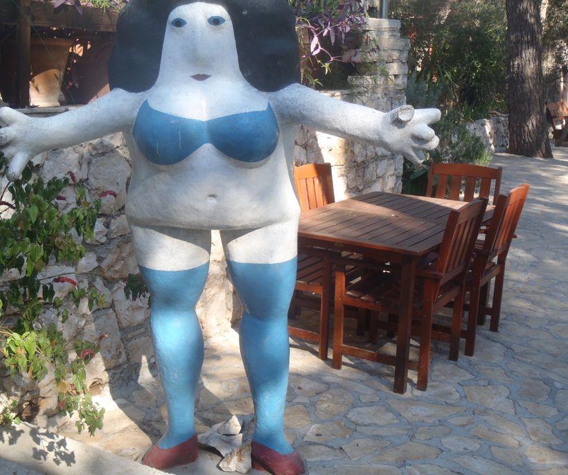 Statue - Palmizana's patio, Hvar