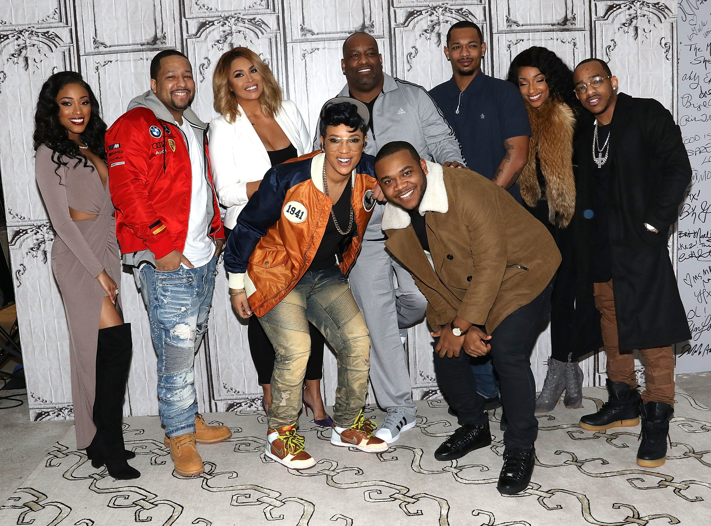 NEW YORK, NY - JANUARY 10:  (L-R back row) Eseni Elllington, Leland Robinson Jr., Samia Reece, Leland Robinson Sr., Antonio Jordan, LeA Robinson, Darnell Robinson, (front row L-R) Shanell 'Lady Luck' Jones and Rhondo Robinson, Jr. of the Robinsons attend Build Presents to discuss 'First Family of Hip Hop' at AOL HQ on January 10, 2017 in New York City.  (Photo by Laura Cavanaugh/FilmMagic)