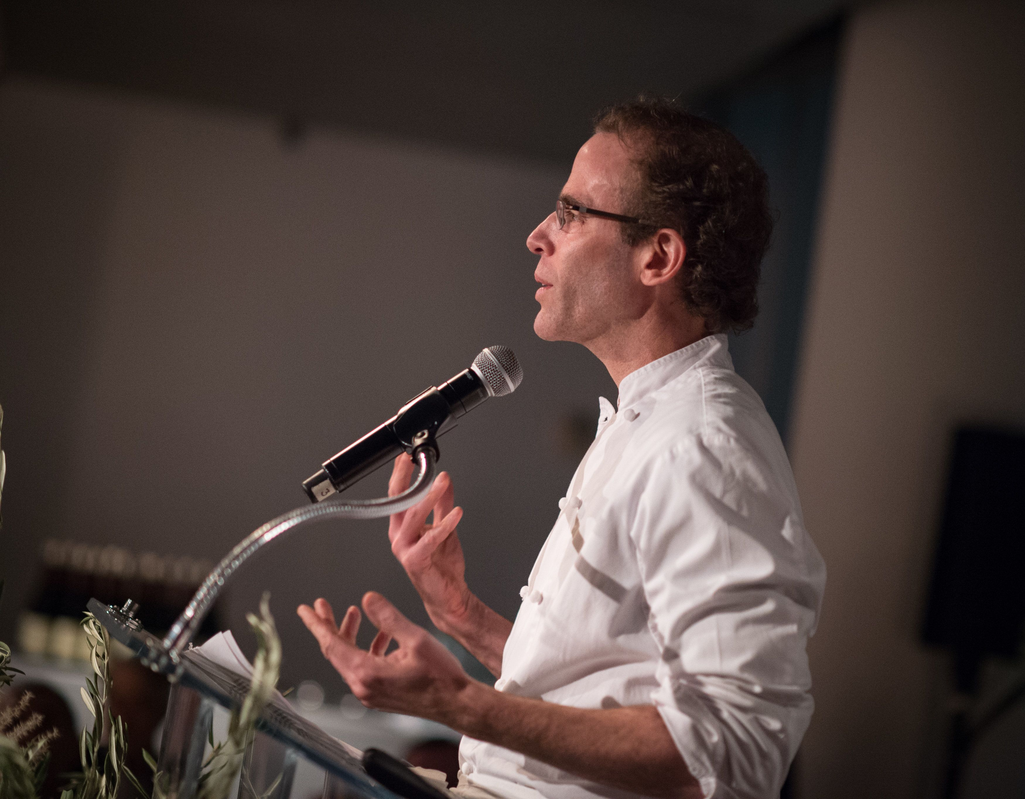 NEW YORK, NY - NOVEMBER 18:  Chef Dan Barber speaks at the Global Green USA 2015 Benefit The Future Of Food at The Glasshouses on November 18, 2015 in New York City.  (Photo by Dave Kotinsky/Getty Images for Global Green USA)