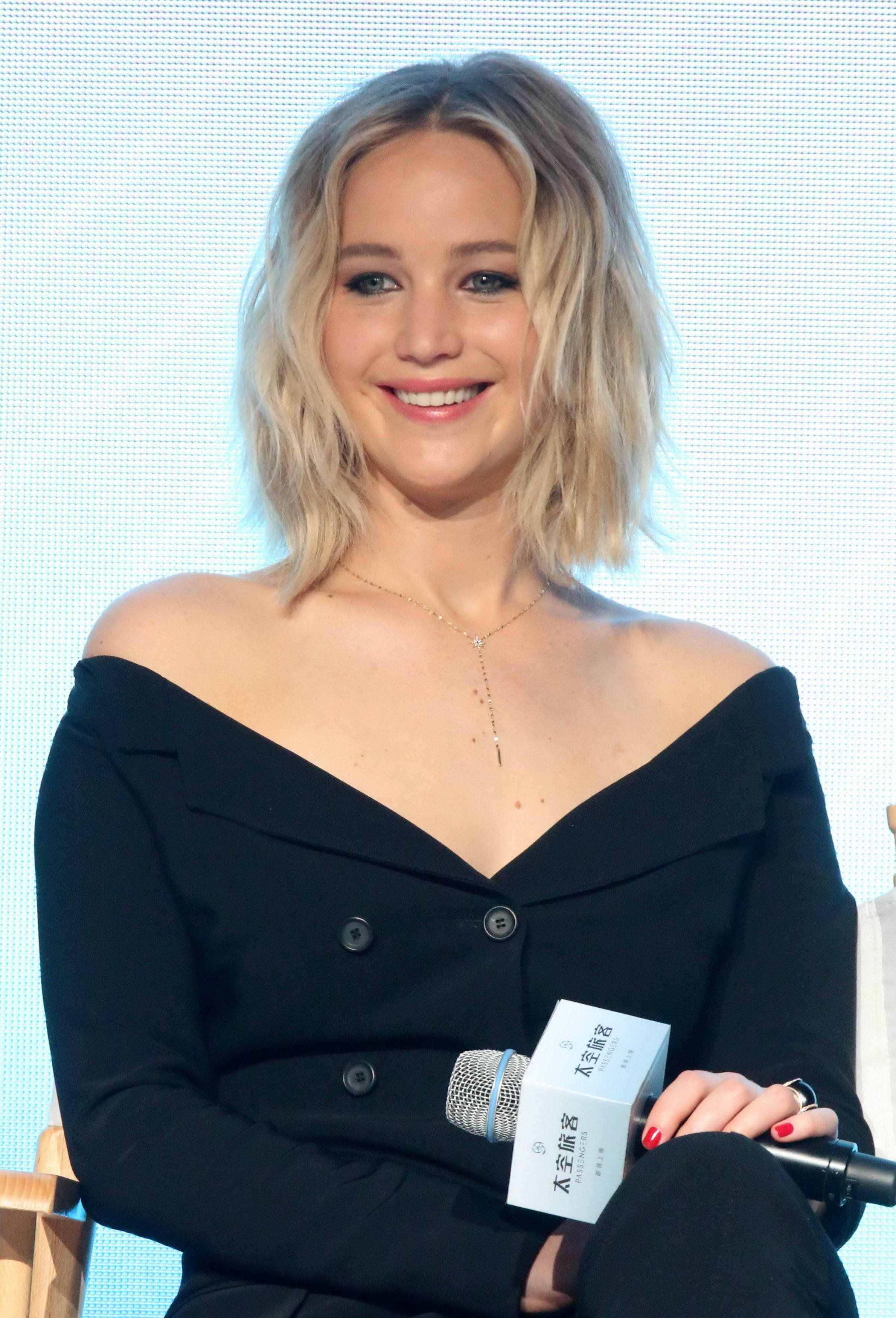 BEIJING, CHINA - DECEMBER 17:  American actress Jennifer Lawrence attends the press conference of director Morten Tyldum's film 'Passengers' on December 17, 2016 in Beijing, China.  (Photo by VCG/VCG via Getty Images)