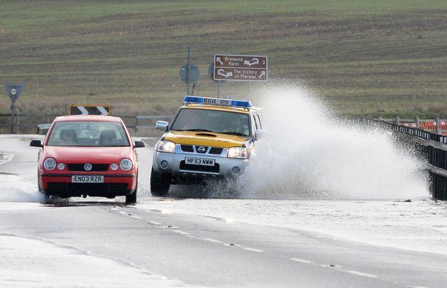 UK Coastal Town Evacuated Amid Flood Warnings