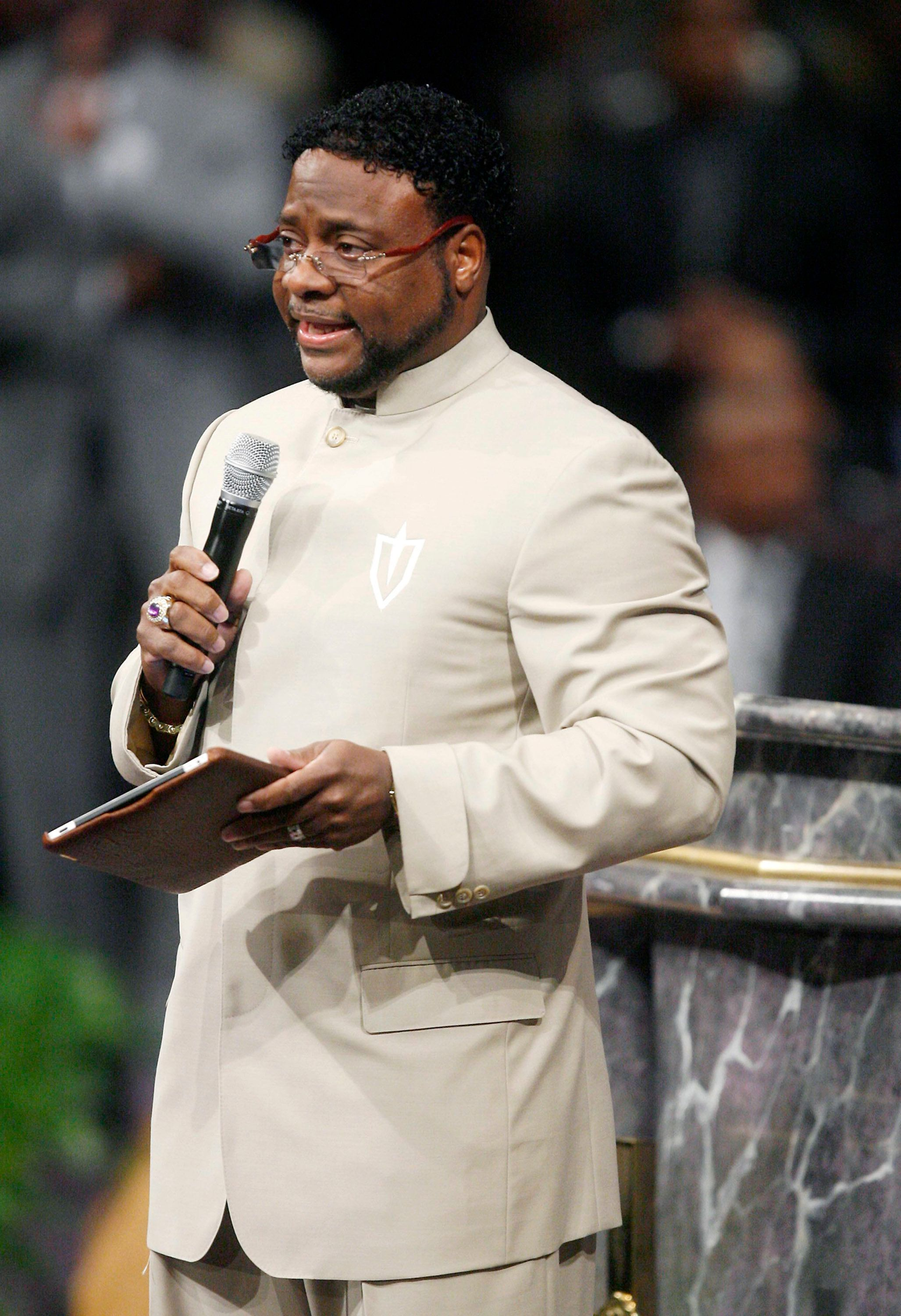 LITHONIA, GA - SEPTEMBER 26:  Bishop Eddie Long gives a sermon where he addressed sex scandal allegations at the New Birth Missionary Baptist Church September 26, 2010 in Atlanta, Georgia.  Bishop Eddie Long, the pastor of a Georgia megachurch was accused of luring young men into sexual relationships, has told his congregation of thousands that he denies all the allegations and that all people must face painful and distasteful situations.  (Photo by John Amis-Pool/Getty Images)