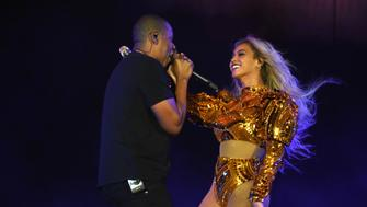 EAST RUTHERFORD, NJ - OCTOBER 07:  Entertainer Beyonce and Jay Z perform on stage during closing night of 'The Formation World Tour' at MetLife Stadium on October 7, 2016 in East Rutherford, New Jersey.  (Photo by Larry Busacca/PW/WireImage)