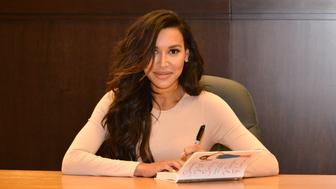 LOS ANGELES, CA - SEPTEMBER 13:  Naya Rivera signs copies of her new book 'Sorry Not Sorry' at Barnes & Noble at The Grove on September 13, 2016 in Los Angeles, California.  (Photo by Araya Diaz/WireImage)