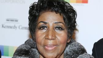 WASHINGTON, DC - DECEMBER 04:  Singer/songwriter Aretha Franklin arrives at the 39th Annual Kennedy Center Honors at The Kennedy Center on December 4, 2016 in Washington, DC.  (Photo by Paul Morigi/WireImage)