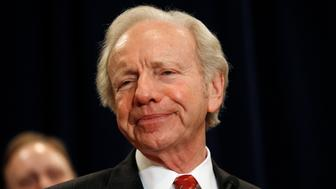 U.S. Senator Joe Lieberman of Connecticut pauses during his remarks at a news conference in Stamford, Connecticut January 19, 2011 where he announced that he will not seek re-election next year. Lieberman, 68, the 2000 Democratic vice presidential nominee who crossed the political aisle to back Republican John McCain in 2008 White House race, bolted the Democratic party to become an independent five years ago but still often sides with his old party.  REUTERS/Mike Segar   (UNITED STATES - Tags: POLITICS)