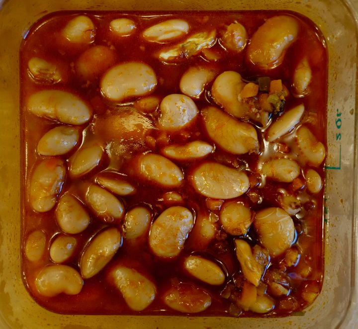 <p>The beans, cooling</p>