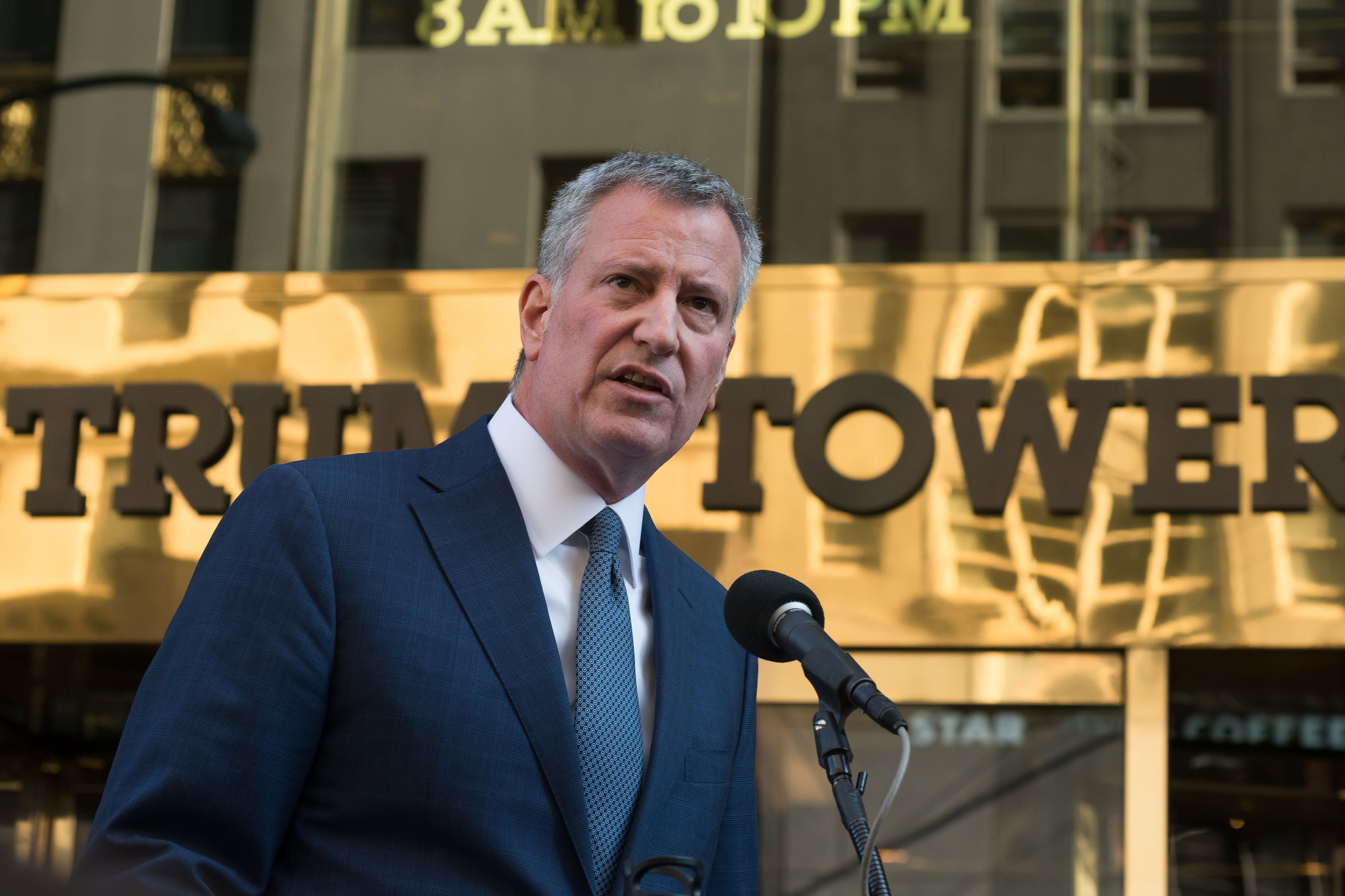 New York City Mayor Bill de Blasio (D) speaks at a press conference at Trump Tower in New York, Nov. 16, 2016. He&n