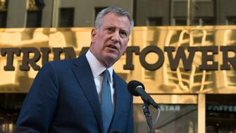 TRUMP TOWER, NEW YORK, NY, UNITED STATES - 2016/11/16: Following his 90-minute meeting with U.S. President-elect Donald J. Trump at Trump Tower in New York, New York City Mayor Bill de Blasio held a press conference to apprise the press of the substance of the meeting and to answer questions regarding policy differences between the two. (Photo by Albin Lohr-Jones/Pacific Press/LightRocket via Getty Images)