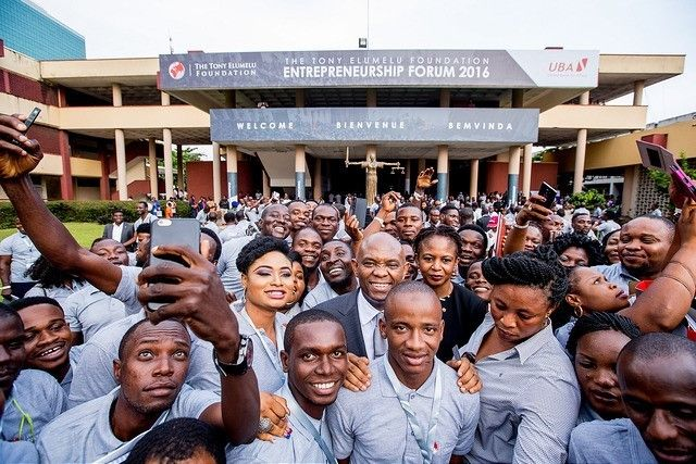 Tony Elumelu surrounded by Tony Elumelu Entrepreneurs during the 2nd edition of the Tony Elumelu Foundation Entrepreneurship
