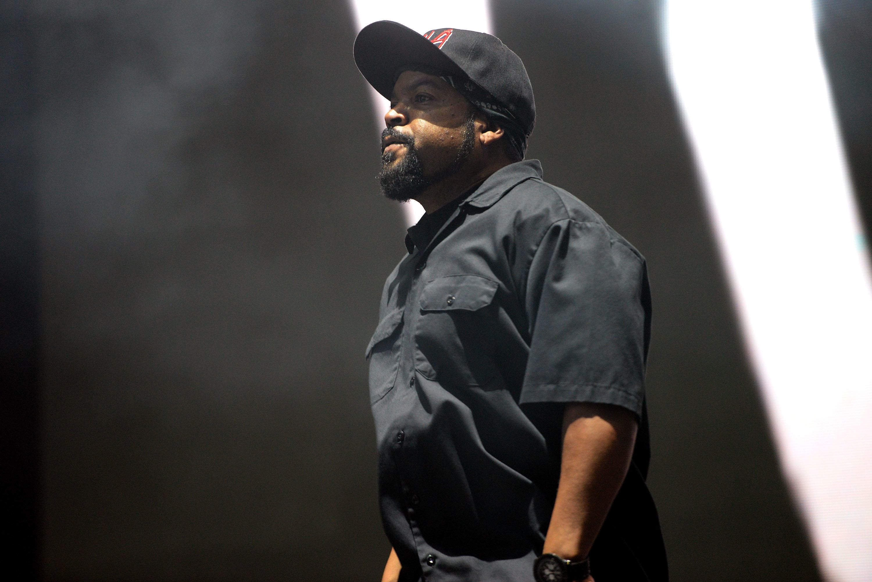 FONTANA, CA - JULY 30:  Rapper Ice Cube performs onstage during the Hard Summer Festival at Auto Club Speedway on July 30, 2016 in Fontana, California.  (Photo by Scott Dudelson/WireImage)