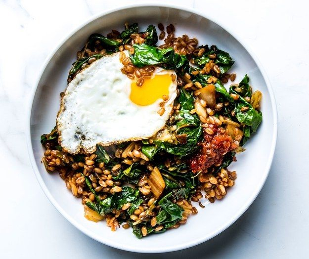 "<p>This <a rel=""nofollow"" href=""http://www.bonappetit.com/columns/cooking-without-recipes/article/kimchi-fried-rice-grain-bowl?mbid=synd_huffpotaste"" target=""_blank"">kimchi grain bowl</a> will make your coworkers VERY jealous.</p>"
