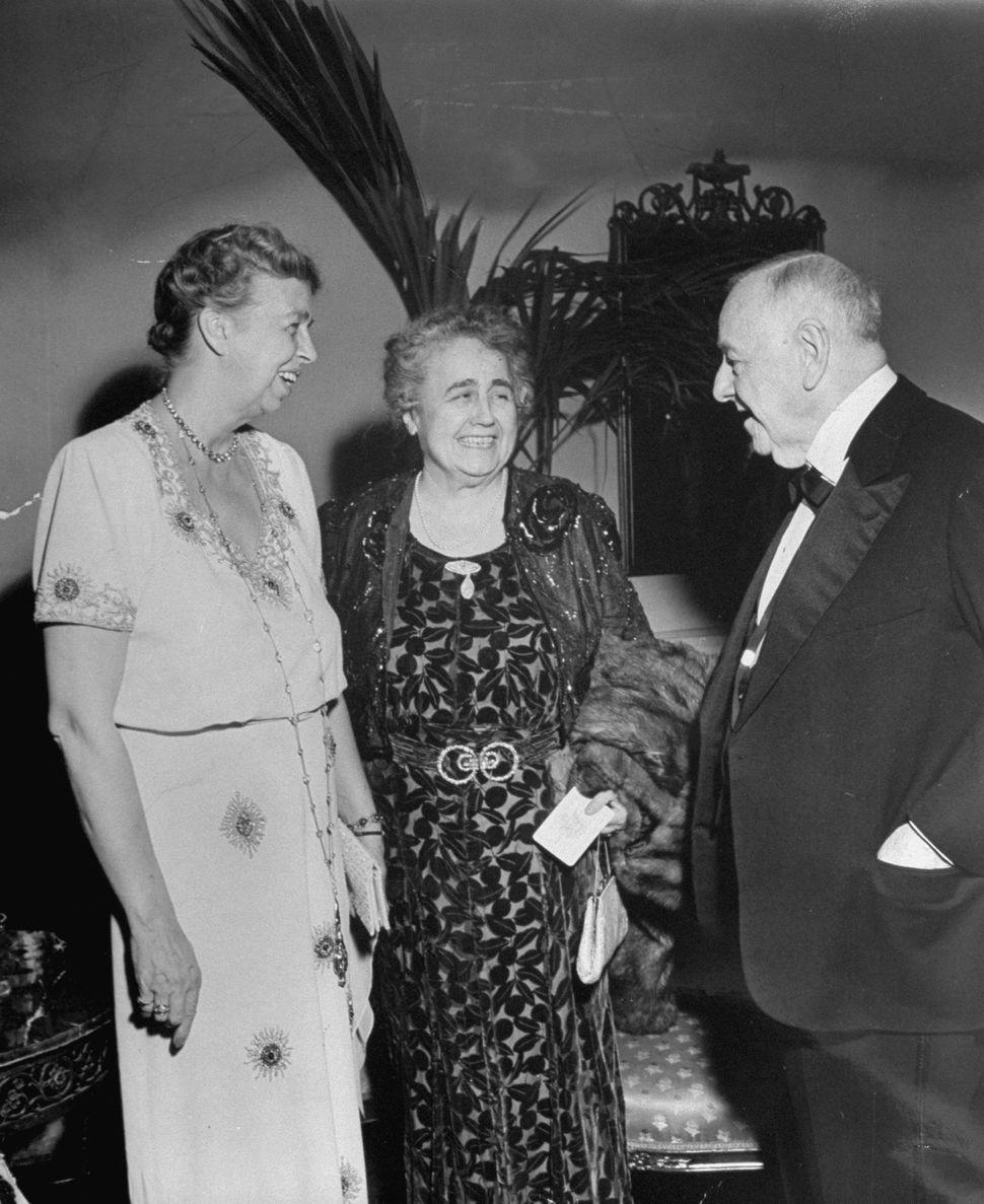 Mrs. Franklin D. Roosevelt (L), Mrs. Woodrow Wilson (C) and Josephus Daniels talking at President Franklin D. Roosevelt's ina