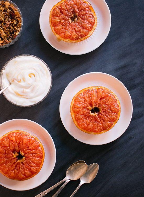 "<strong>Get the <a href=""http://cookieandkate.com/2013/broiled-grapefruit-with-honey-yogurt-and-granola/"" target=""_blank"">Bro"
