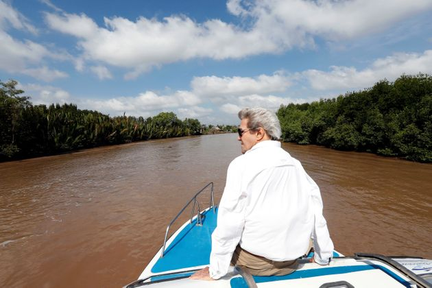 In his last trip, Kerry tried to salvage the