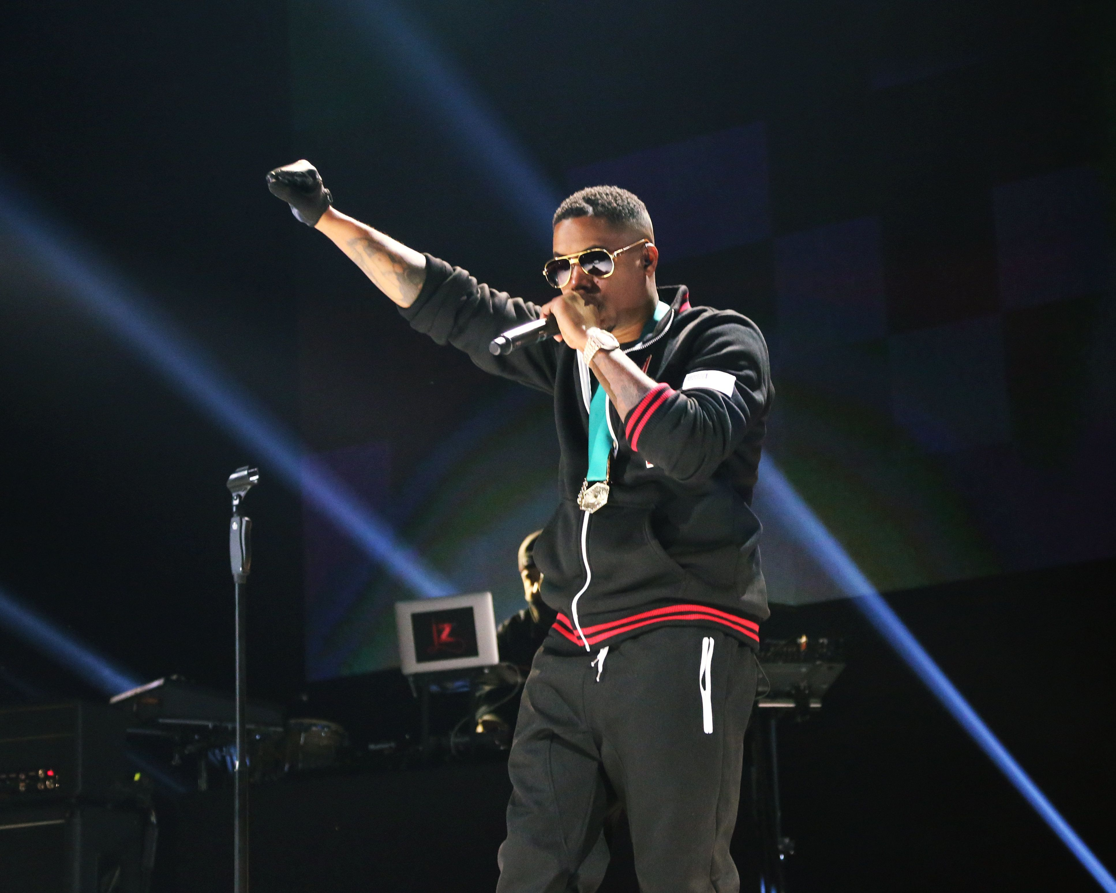 NEW YORK, NY - OCTOBER 20: Nas performs during Tidal X: 1020 at Barclays Center on October 20, 2015 in the Brooklyn borough of New York City.  (Photo by Taylor Hill/FilmMagic)