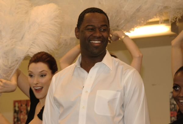 "Singer <a href=""http://www.playbillvault.com/Person/Detail/111012/Brian-McKnight"">Brian McKnight showed his moves</a> as"