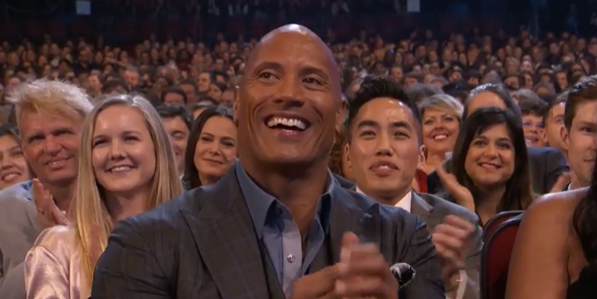 CBS Tries To Cut Off The Rock Giving Kevin Hart The Middle Finger At People's Choice Awards
