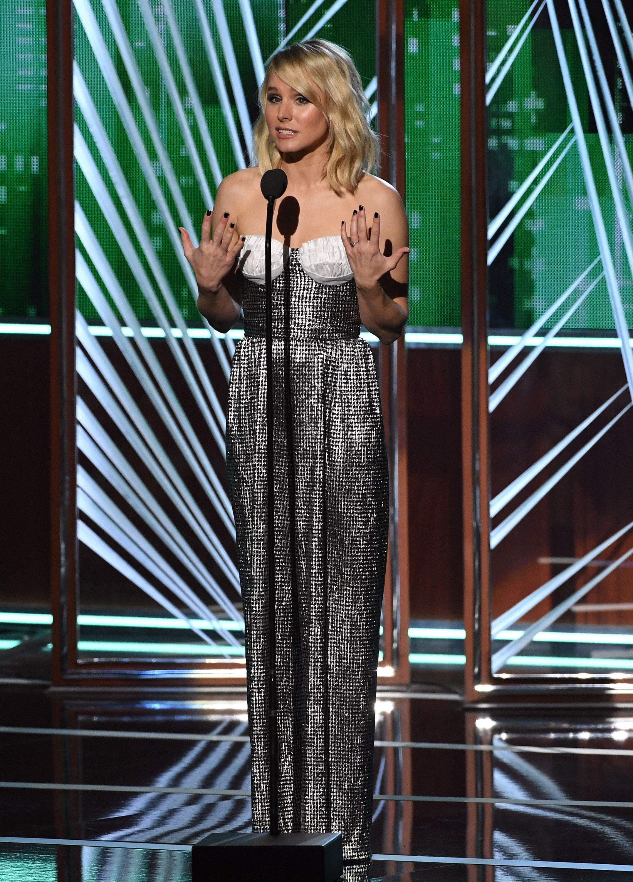 LOS ANGELES, CA - JANUARY 18:  Actress Kristen Bell speaks onstage during the People's Choice Awards 2017 at Microsoft Theater on January 18, 2017 in Los Angeles, California.  (Photo by Kevin Winter/Getty Images)