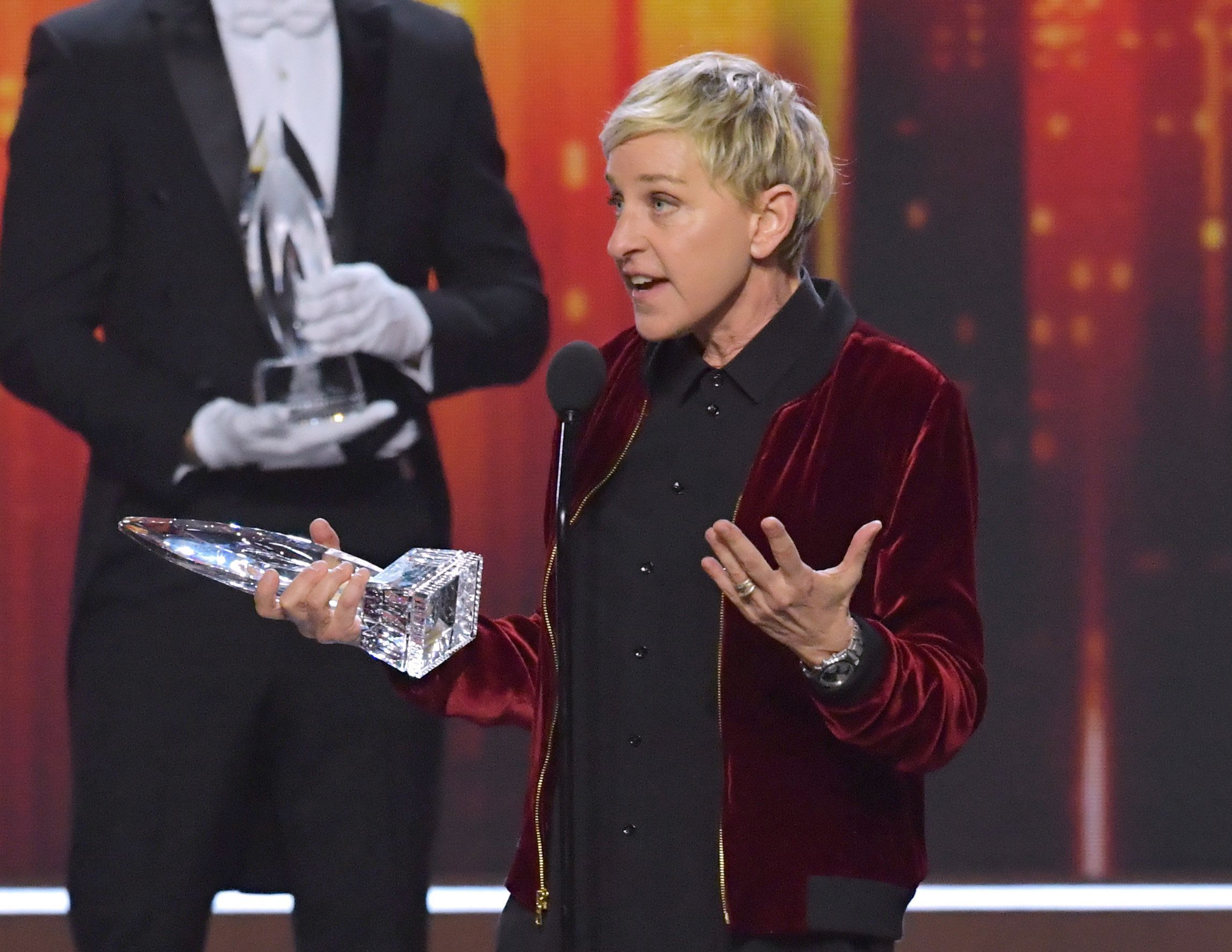 LOS ANGELES, CA - JANUARY 18:  Comedienne Ellen DeGeneres accepts her record-setting 20th People's Choice Award onstage during the People's Choice Awards 2017 at Microsoft Theater on January 18, 2017 in Los Angeles, California.  (Photo by Lester Cohen/WireImage)
