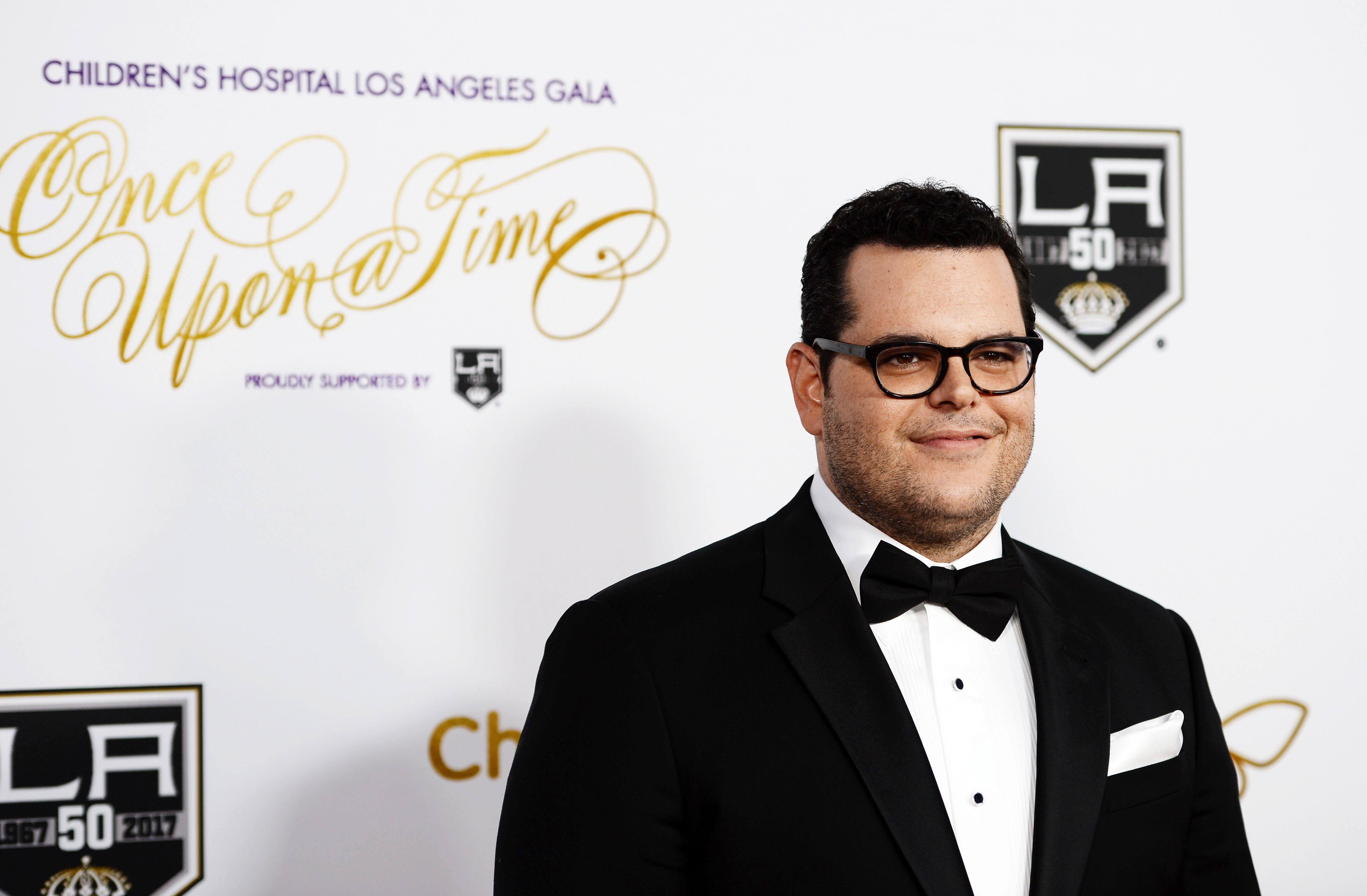 LOS ANGELES, CA - OCTOBER 15:  Actor Josh Gad arrives at the 2016 Children's Hospital Los Angeles 'Once Upon a Time' Gala at the L.A. Live Event Deck on October 15, 2016 in Los Angeles, California.  (Photo by Amanda Edwards/WireImage)